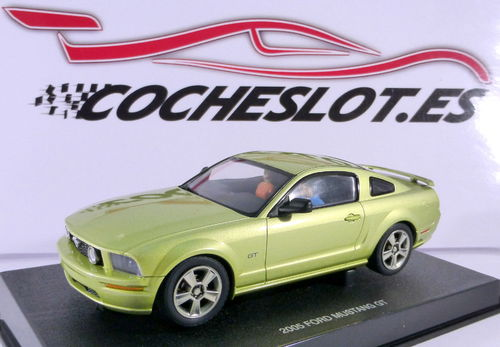 FORD MUSTANG GT 2005 REF.13051 AUTOART