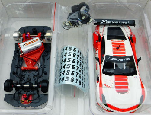 CORVETTE C7R CUP 2017 WHITE/RED REF.SC6179a SCALEAUTO